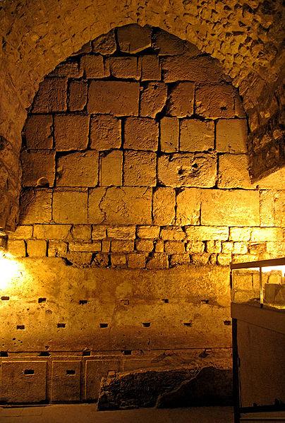 туннели стены плача - самый большой камень