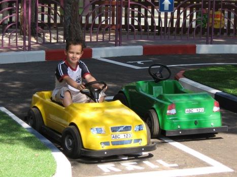 автошкола для детей в Луна Парке