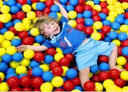 для детей, мягкие модули, надувные аттракционы, бассейн с шарами