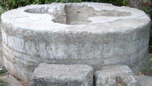 Баптестериум в Табха - церковь насыщения хлебами и рыбами