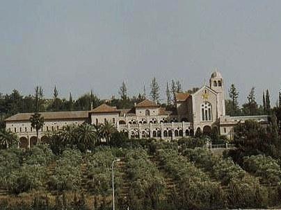 Монастырь молчальников в Латруне