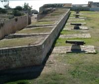 Артилерия (пушки) на стене Эль Джазара - Акко - Израиль