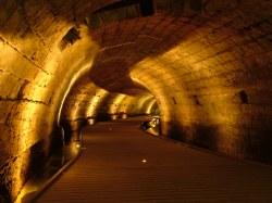Вид туннеля тамплиеров в Акко - Израиль
