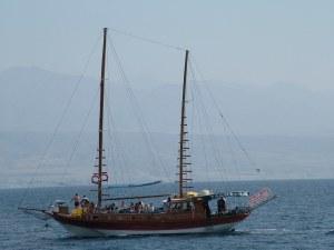 парусник в красном море - Эйлатский залив - Израиль