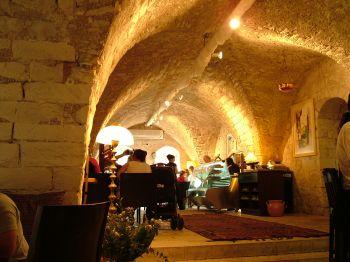 Вид галерии шоколада, кафе - Рош Пина - Краеугольный камень - Израиль