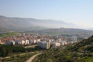 Галилея Ви на город Кармиэль с запада на восток