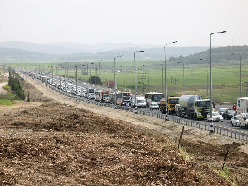 Пробка на дороге - израиль