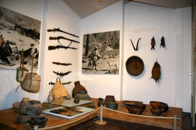 бедуинские ружья и предметы быта в музее джо алон