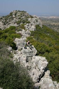 Гребень западной части верблюжей горы - хар ха гамаль - галилея - Израиль