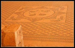 Центральна картинка мозаики в древней синагоге Эйн Геди