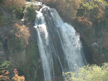 Вид на водопад Ха-Танур сверху, со стороны Метулы