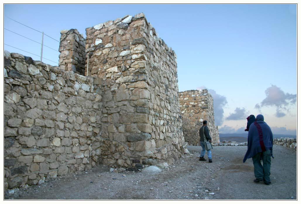 стены изркаильской крепости - тель арад